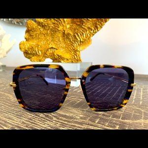 Oroton ladies sunglasses tortoiseshell